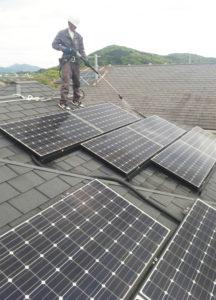 宮崎県日向市 G様(パネルメーカー/サンヨー) 太陽光パネル洗浄