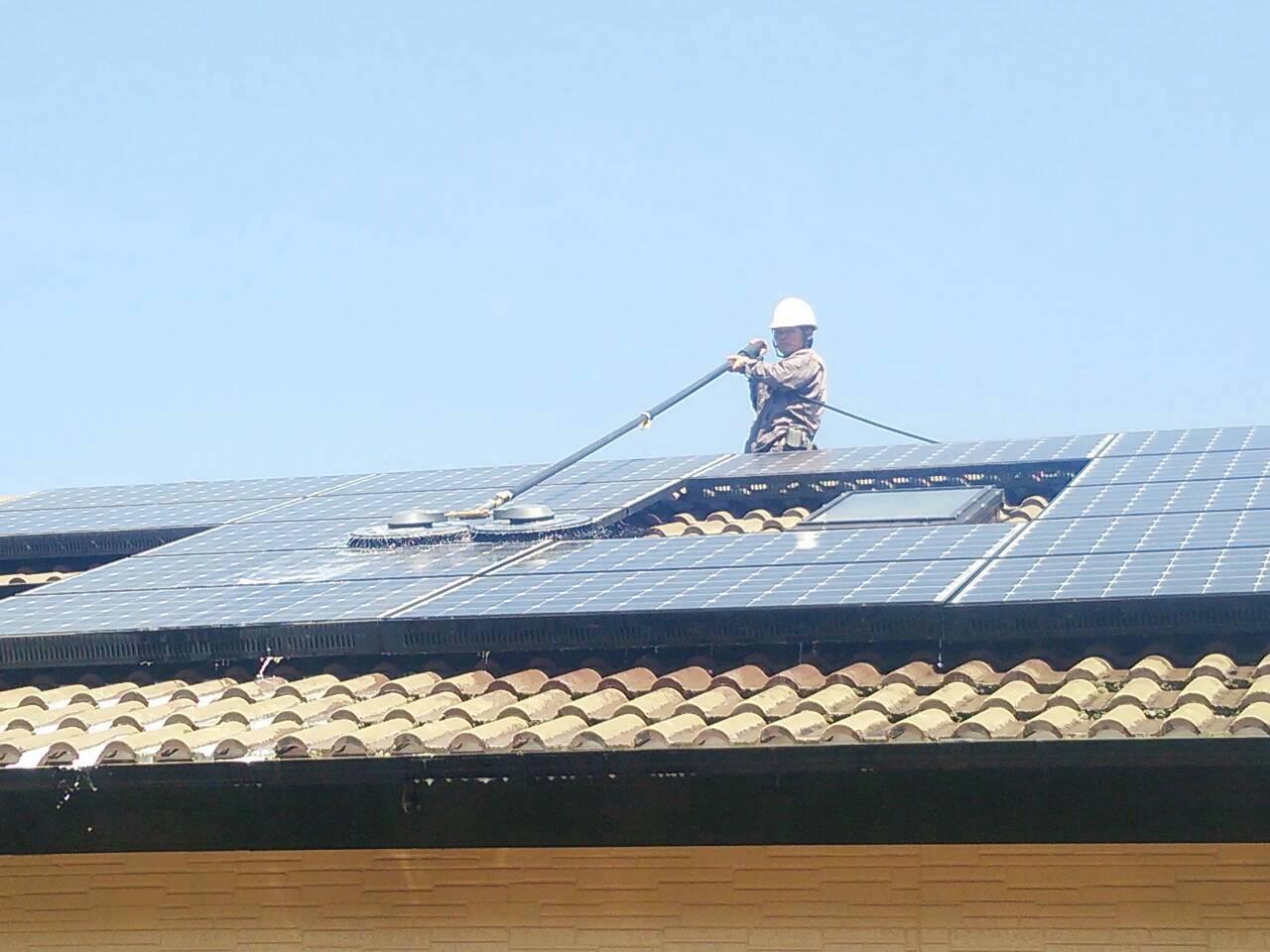 宮崎県日南市(パネルメーカー/サンヨー) 太陽光パネル洗浄