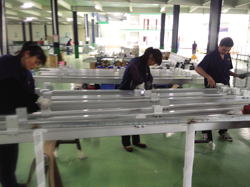 太陽光架台 生産工場